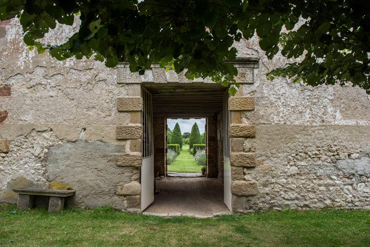 mariage-champetre-chateau-des-vieux-melays-auvergne-9