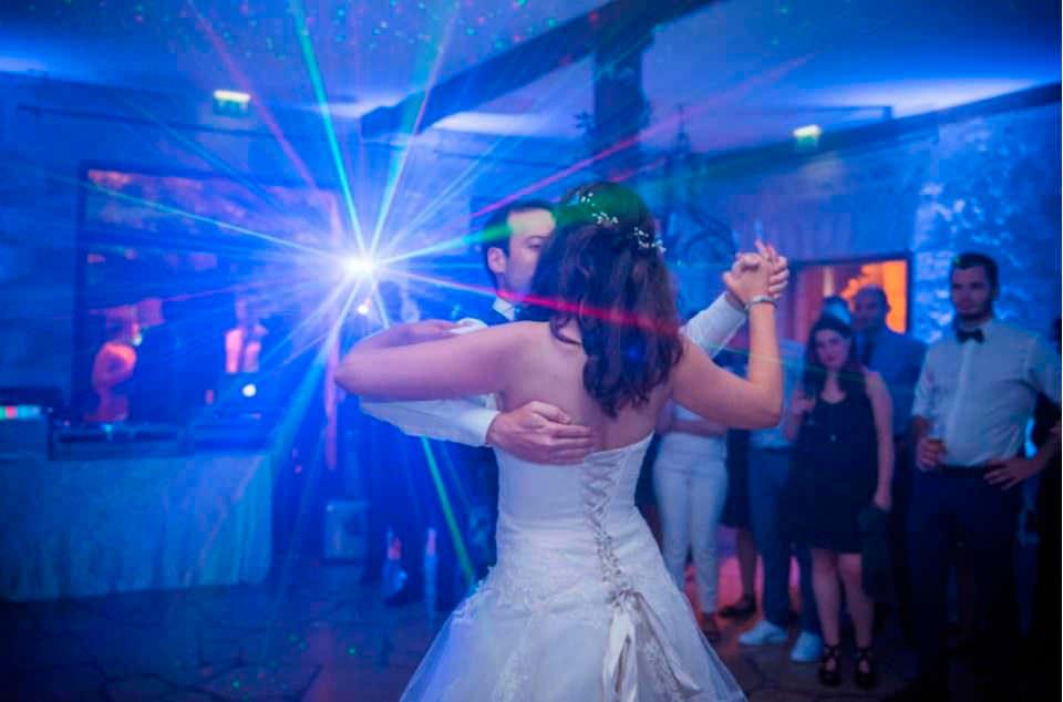 mariage-soiree-manoir-des-chevaliers-leperchay-photographe-mariage-original-paris-val-de-marne