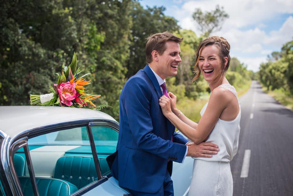 voiture-ancienne-mariage-cadillac-bleue-photographe-mariage-original-paris-val-de-marne-2