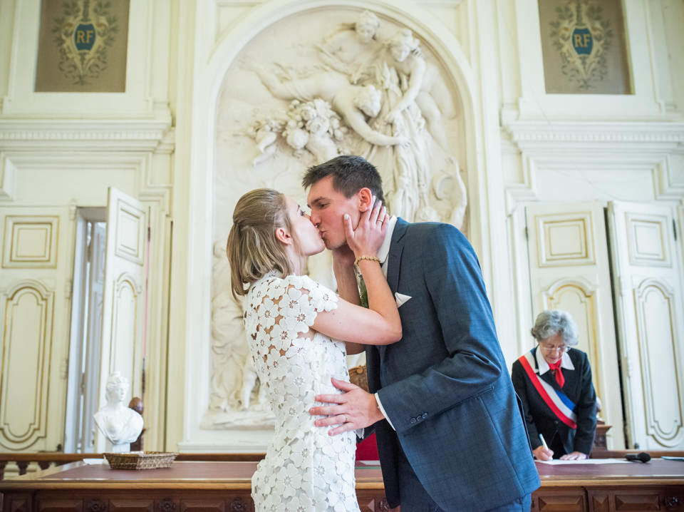 Mariage civil original à Paris les Halles